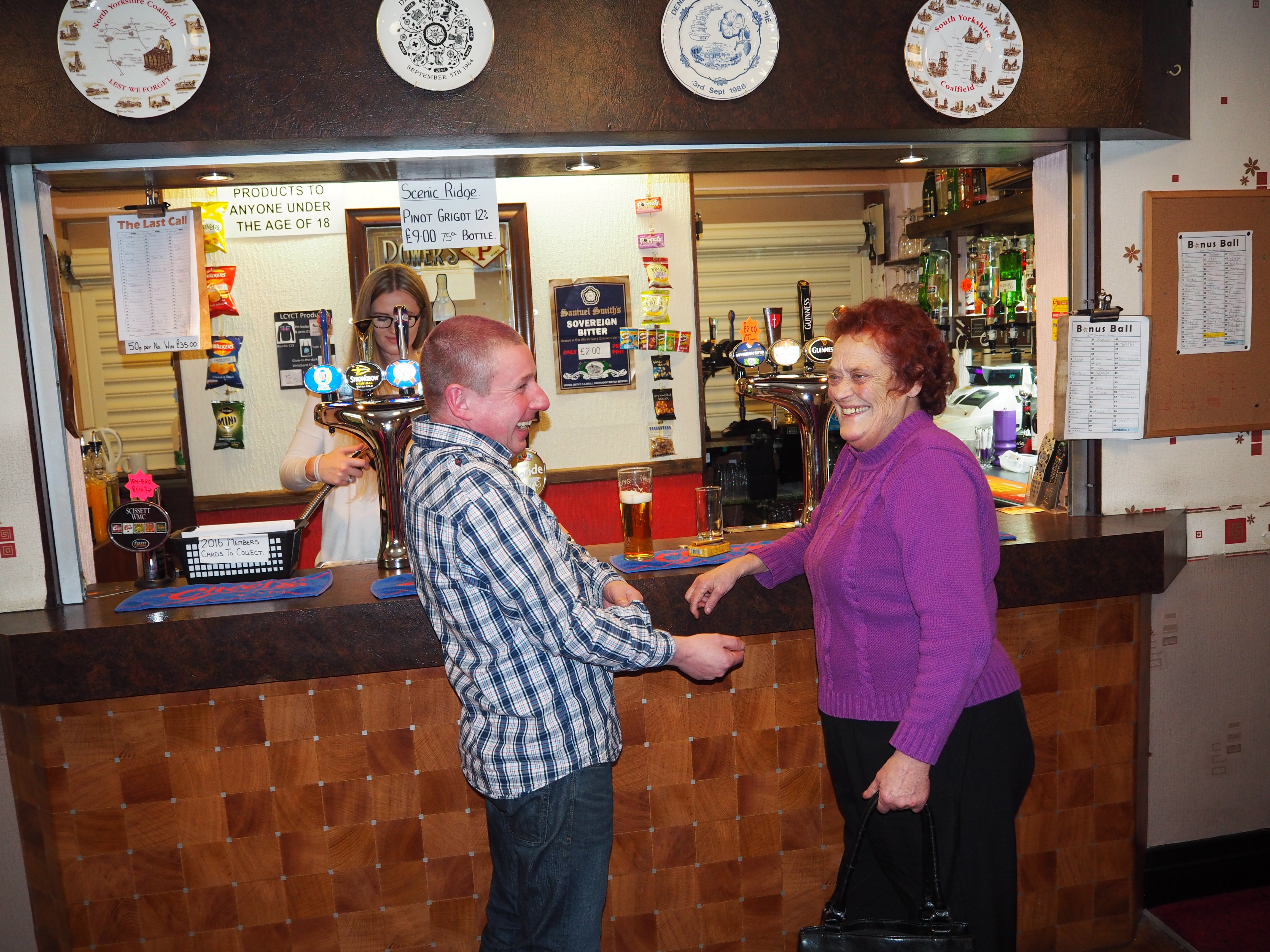 Andy-and-Mollie-at-the-bar